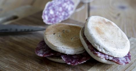 Ricetta Crescentine e Salame nero di Parma Real Group
