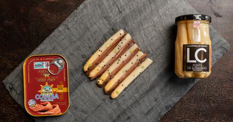 ricetta Asparagi della Navarra con Acciughe del Cantabrico Codesa Real Goup